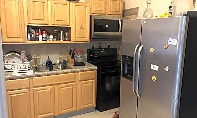 Kitchen, 3332 N Lee St, 0