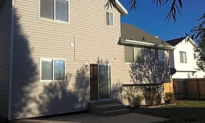 Building, 1443 North Quincy Avenue, 2