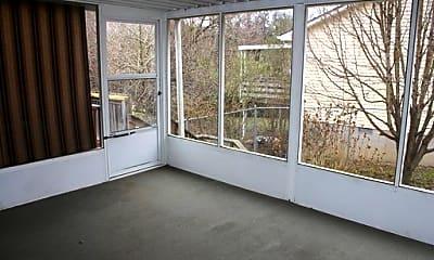 Patio / Deck, 516 Park Ct, 2
