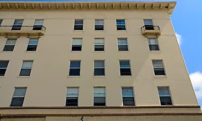 Anderson Hotel, 2