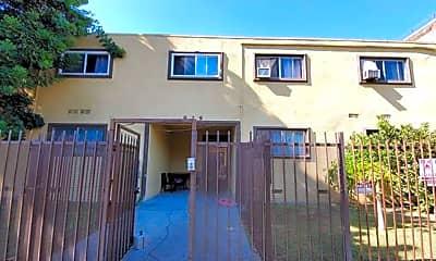 Building, 829 S Bonnie Brae St, 1