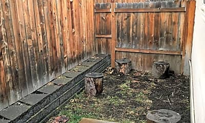 Patio / Deck, 737 NW 15th St, 2
