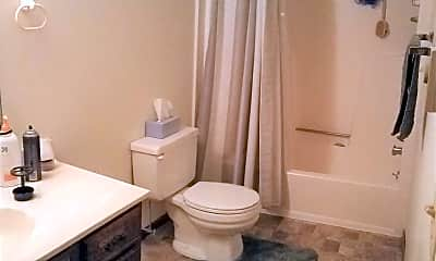 Bathroom, 2625 S 17th St, 2