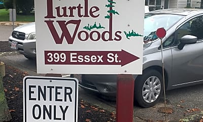 Turtle Woods Apartments, 1