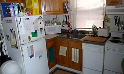 Kitchen, 1533 Spring Garden St, 1