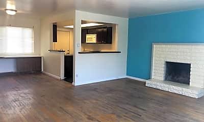 Living Room, 832 Eucalyptus Ave, 0