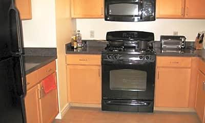 Kitchen, 800 4th St SW S208, 1