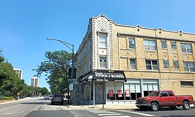 Building, 519 W North Ave, 1