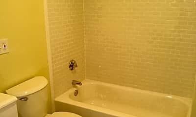 Bathroom, 23 Peach Ave, 2