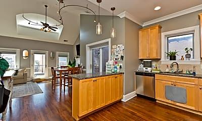 Kitchen, 930 W Dakin St, 1