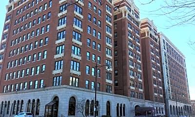 Building, 5300 S Shore Dr 76, 0