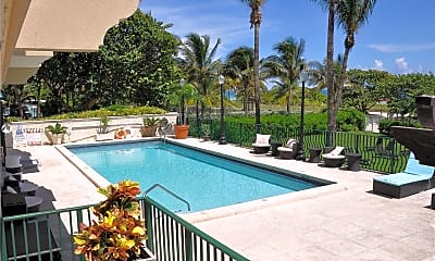 Pool, 9195 Collins Ave 303, 0