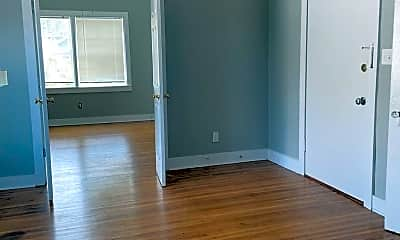 Bedroom, 2133 Sherwood Ave, 1