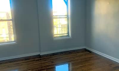 Living Room, 514 Rockaway Pkwy, 1