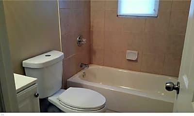 Bathroom, 6335 Wellington St A1, 2