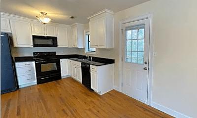 Kitchen, 2620 Riverbend Rd, 1