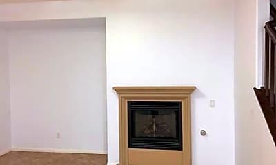 Living Room, 10431 Shelborne St, 2