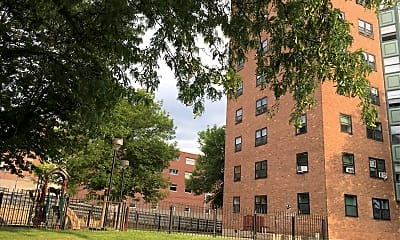 John P. Taylor Apartments, 2