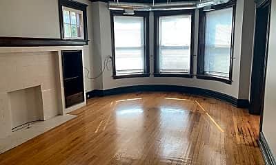 Living Room, 6611 S Minerva Ave, 1