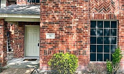 Building, 4022 Wood River Dr 5C, 0