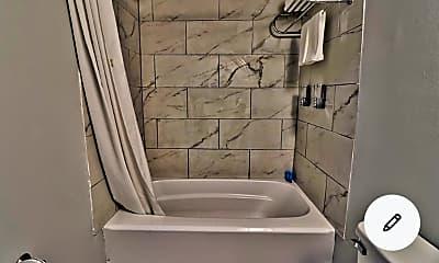 Bathroom, 407 71st Ave N, 2