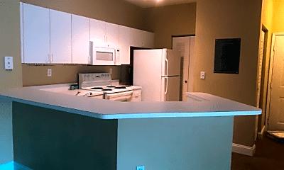 Kitchen, 540 Florida Club Blvd, 2
