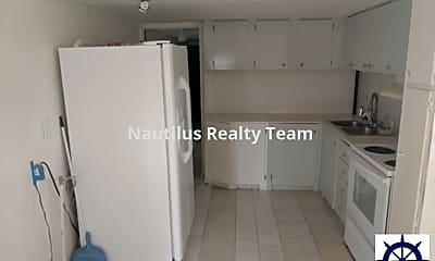 Kitchen, 20624 Palmetto Ln, 1