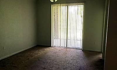 Living Room, 13025 Mulberry Park Dr, 1