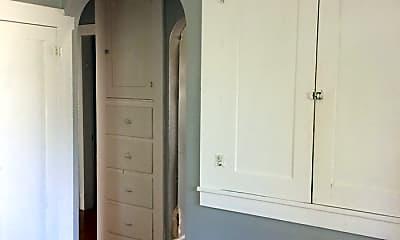 Bedroom, 208 E Main St, 1