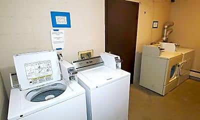 Bathroom, 202 6th Ave NW, 2