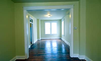 Bedroom, 501 N Loudon Ave, 2