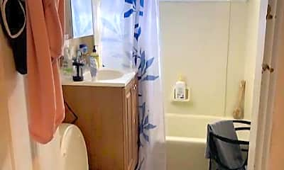 Bathroom, 44 Elm St, 2