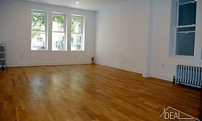 Living Room, 284 19th St, 2