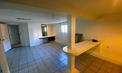 Patio / Deck, 1438 Pleasant St, 2