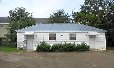 Building, 610 Elm St, 0