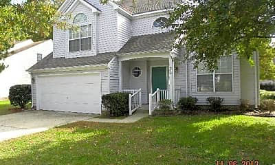 Building, 978 Heathland Dr, 0