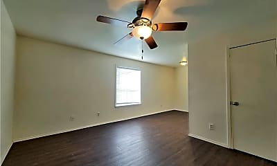 Bedroom, 2700 Evergreen Cir C, 1