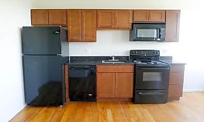 Kitchen, 8905 E Jefferson Ave, 1