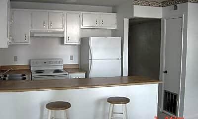 Kitchen, 1402 Melvin St, 1