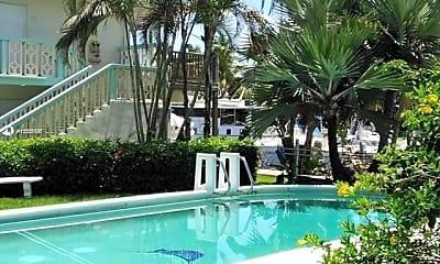 Pool, 90 Isle of Venice Dr 3, 1