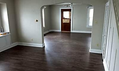Living Room, 719 S 21st St, 1