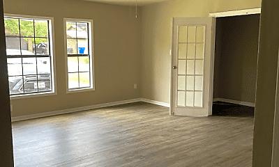 Living Room, 2016 Skylark Dr, 1