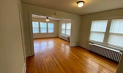 Living Room, 69 N Griggs St, 1