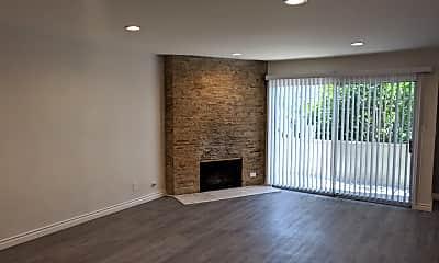 Living Room, 10741 Moorpark St, 1
