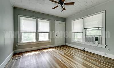 Living Room, 1112 N Ash St, 0