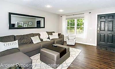 Living Room, 260 Richards Cir, 2
