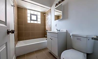 Bathroom, 101 Memorial Dr, 0