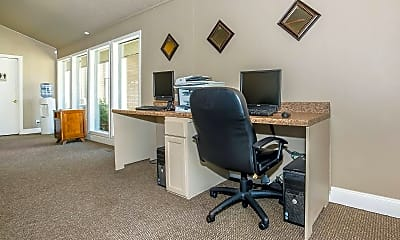 Leasing Office, The Woods @ 79th, 2