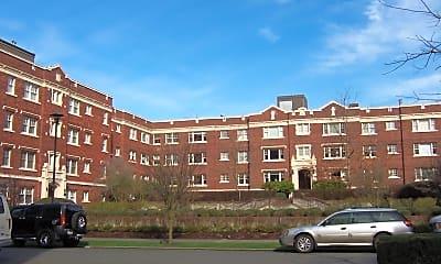 Building, 100 W Highland Dr, 2