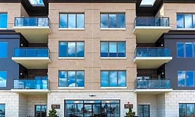 Building, 150 Henley Pl 210, 2